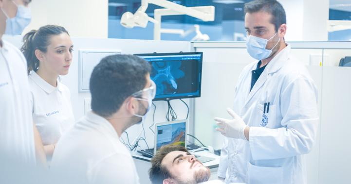 Bachelor in Dentistry - On Campus | UCAM - Catholic